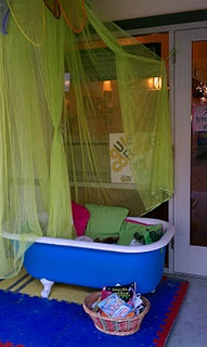 An old bathtub as a reading space. Our local library has one of these and I think it is BRILLIANT. So does my daughter.
