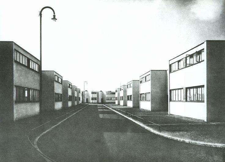 Wijk Torten, Dessau, 1928 - Walter Gropius. Huis is woonmachine. Efficiënt wonen. Richting modernisme.