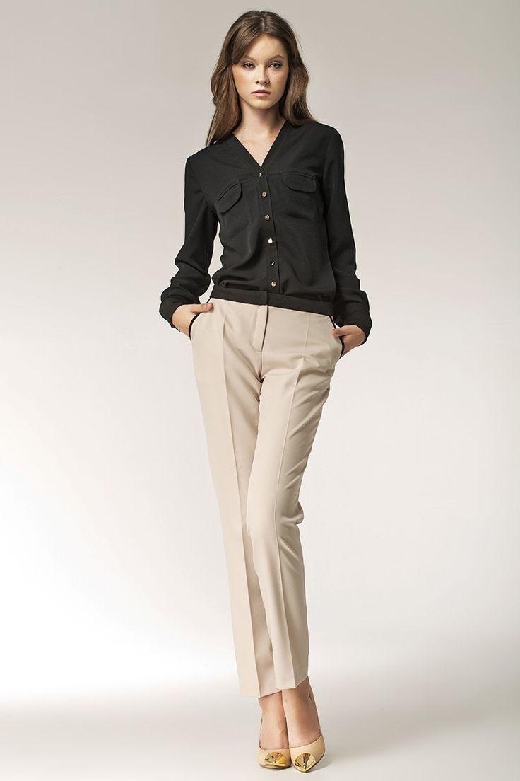 Modny zestaw dla eleganckich kobiet: #Elegancka bluzka ze złotymi guzikami, oraz spodnie 7/8 z kieszeniami.Nife