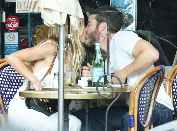 Chris Pine, Girlfriend