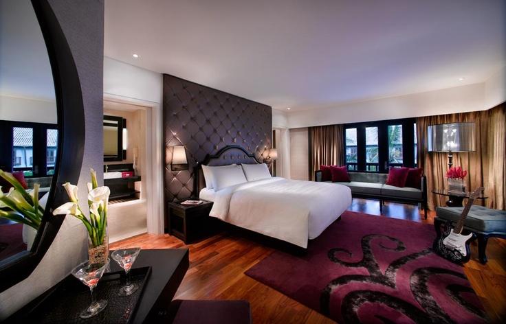 The King Suite - Bedroom