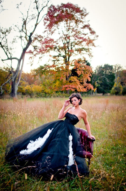 Oh Wow Great Picture Love The Full Black Wedding Dress Wonderful