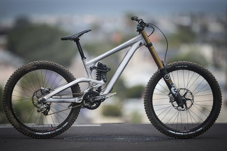 Scott Gambler Raw - dhgnar's Bike Check - Vital MTB