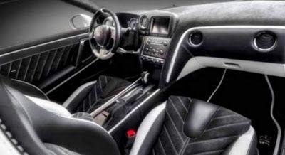 2018 Nissan GTR interior