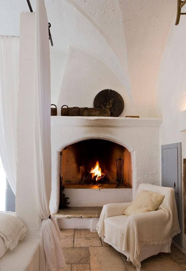 OUR KIND OF MED'itation  Bucolic beauty, simplicity and style - our cool cat of Mediterranean living in Savelletri di Fasano, Puglia.   MASSERIA CIMINO