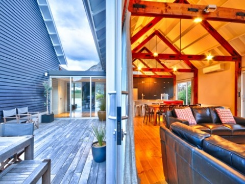 Gucci Too, Luxury House in Queenstown & Lakes, New Zealand | #AmazingAccom #holidayhomes
