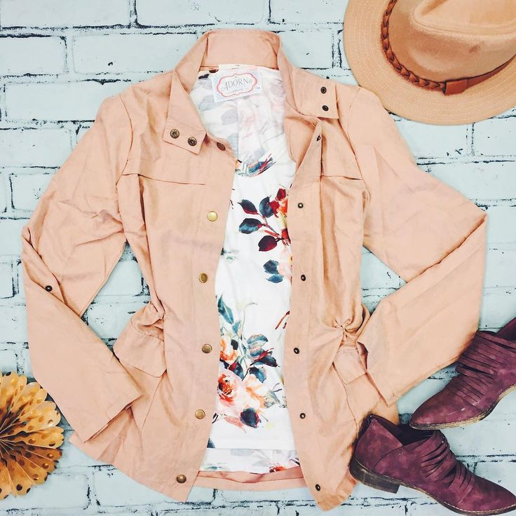 Cargo jackets in feminine colors
