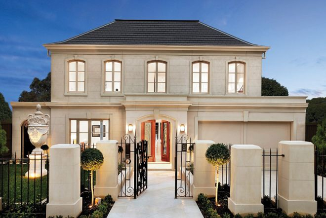 French provincial homes with colums french provincial for Classic home designs australia