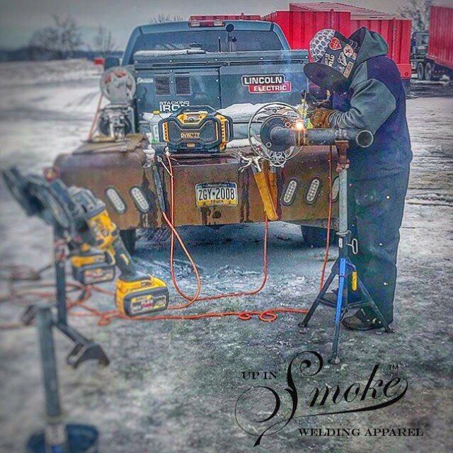 Always loved to pump some tunes and fab pipe. The day sure goes by quick thats for sure. @larryshizzlebarnt on the stinger. #upinsmokeweldingapparel #weldingrig #weld #welding #welder #weldporn #weldlife #welderlife #weldinglife #bluecollar #bluecollarbrotherhood #constructionworker #workwear #tradesman #tradeschool #lincolnelectric #millerwelders  #oilfield #tigwelding  #weldeverydamnday  #workingman #canada #pipeliner #pipeline #canadianmade #yyc #workingclass #stackingdimes