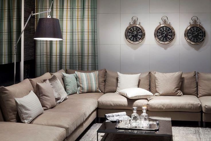 Vor allem für das Wohnzimmer eignet sich die Farbe BEIGE besonders, da sie behaglich wirkt und somit die Gemütlichkeit und Nestwärme unterstützt. Fotocredits: FINE