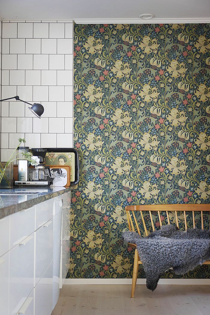 Gorgeous Vintage wallpaper and modern mix of brick tiling and cabinets