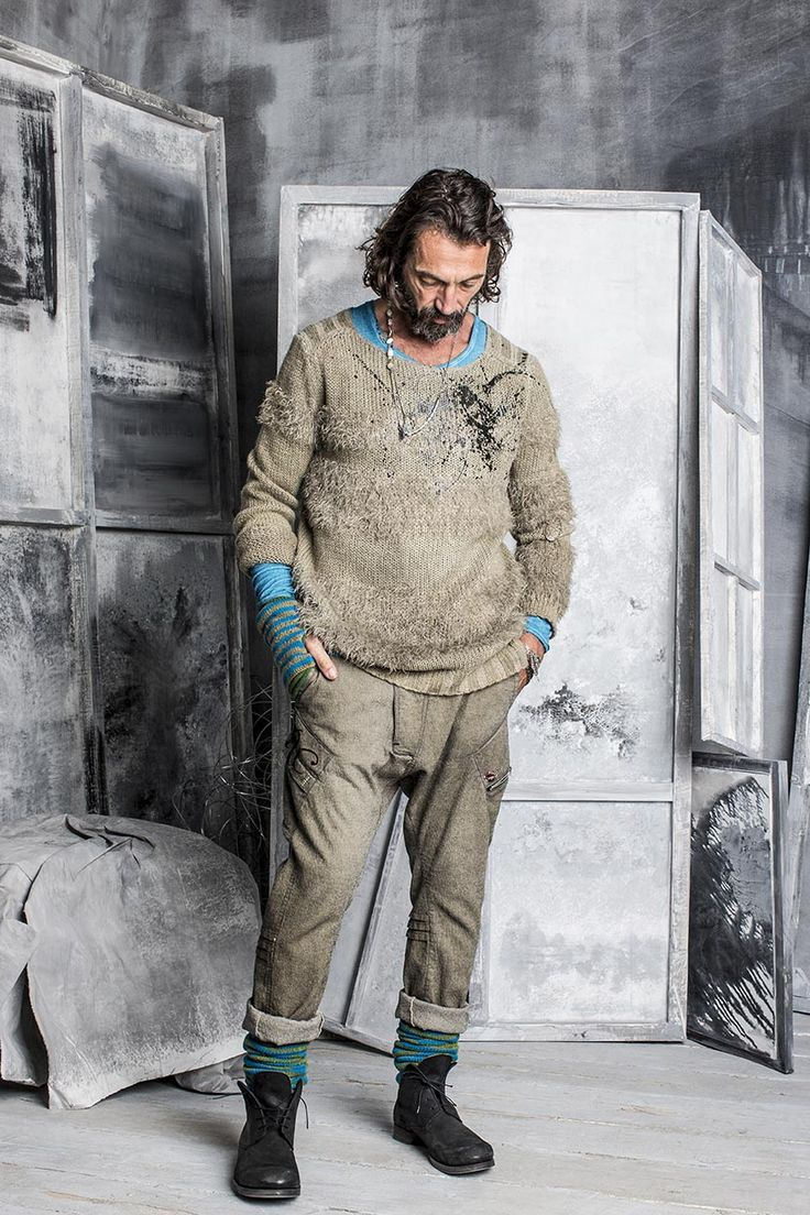 #danieladallavalle #collection #riccardocavaletti #fw15 #turquoise #grey #tshirt #pullover #trousers