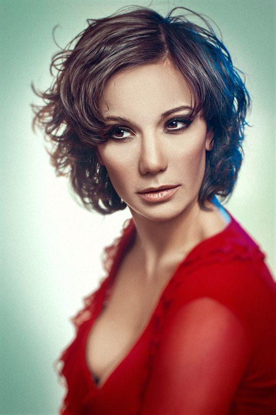 Photo: Olga Tkachenko. Model: Rosy Ogliastro
