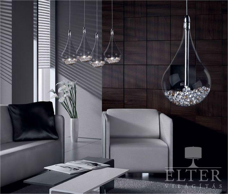 Magas minõségû és egyedi formavilágú lámpatestek a Zuma tervezésében. A csepp alakú bórszilikát üvegben apró díszek rejlenek, melyek magasa ólomtartalmú K9 kristályok,…