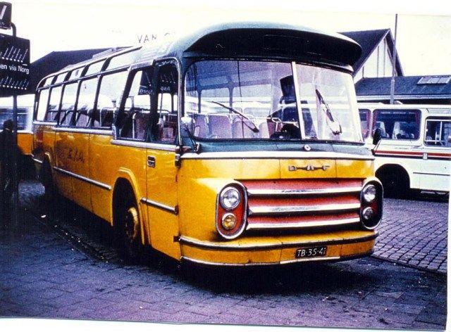 ESA, Marum bus 117 in 1960, een DAF Groenewold verbouwd voor lijndiensten