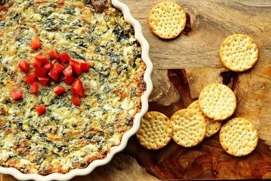 hot spinach artichoke dip recipe {lightened up olive garden copycat}