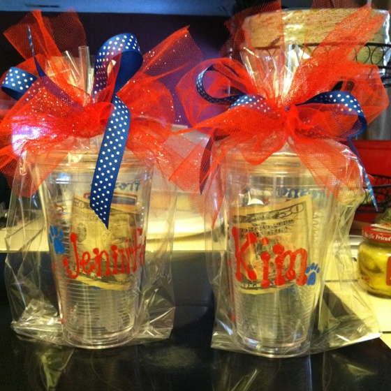 Graduation gift ideas: a creative way to give monetary gifts.