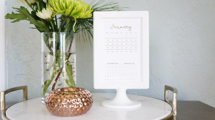 2016 Desk Calendar | Gold Foil Desk Calendar | 2016 Monthly Calendar | 2016 Desktop Calendar | Gold Office Supplies | 2016 Planner | Mini by thetullebox on Etsy https://www.etsy.com/listing/258075762/2016-desk-calendar-gold-foil-desk