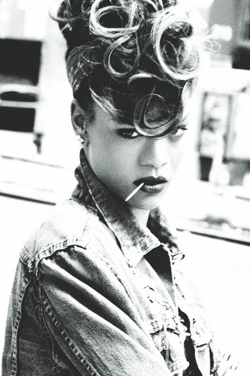 Marvelous 17 Best Images About Rihanna On Pinterest Money Choker And Hairstyles For Women Draintrainus