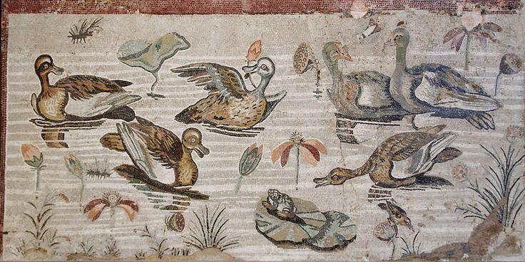 """Scena nilotica mosaico in """"opus vermiculatum"""" dalla Casa del Fauno di Pompei - Museo Arch. Naz. Napoli"""