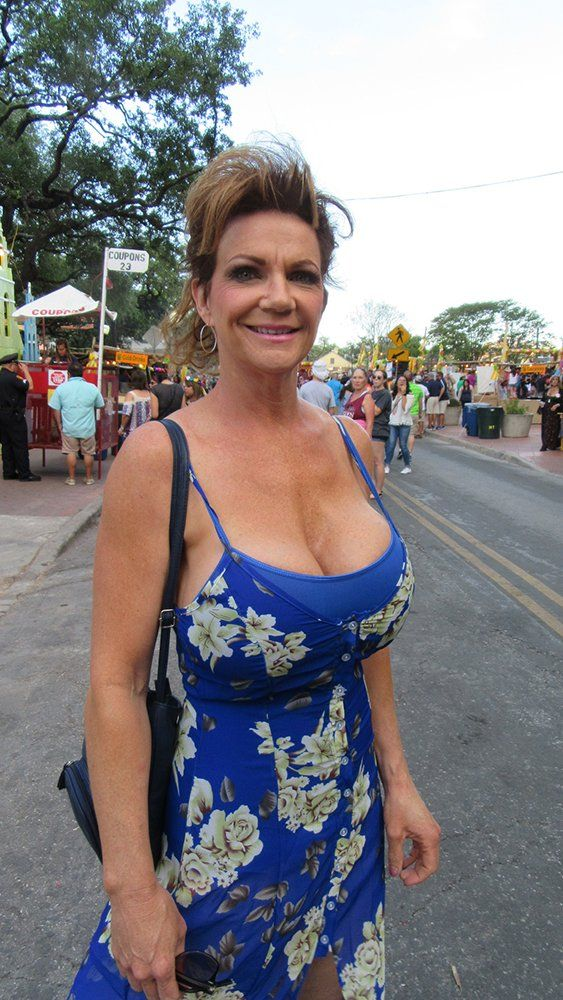 220 Best Deauxma Images On Pinterest  Curves, Older Women And Beautiful Females-2479
