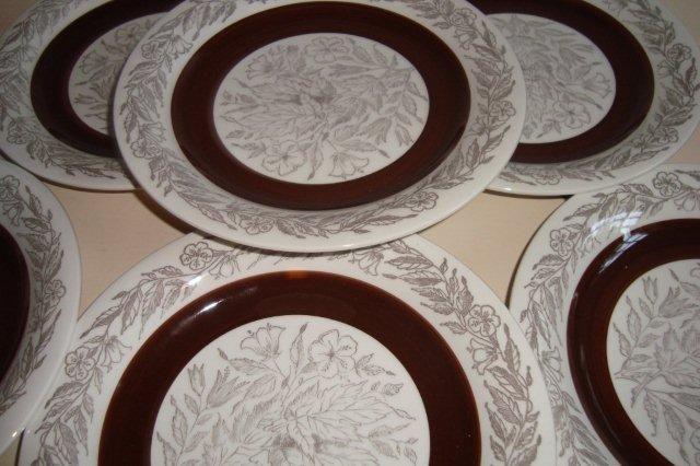 """GEFLE """"Fontana"""" 1973-79 design BERIT TERNELL #trendyenser #gefle #fontana #beritternnell #swedishdesign #svenskdesign #retro #dinnerware #plates #tallerkener #sælges #forsale on www.TRENDYenser.com."""