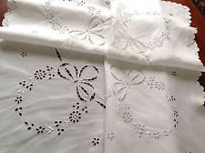 """VINTAGE HAND EMBROIDERED CUTWORK WHITE LINEN TABLE CLOTH 37X38"""" SCALLOPED HEM"""