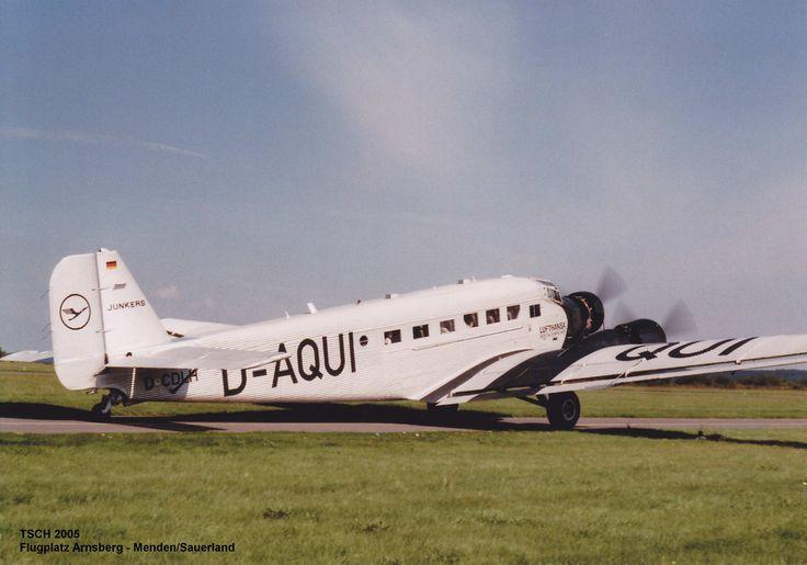 JU 52 der Lufthansa Flugplatz Arnsberg - Menden/Sauerland 2005