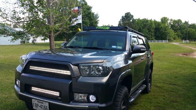 Nice shot of my 2011 4runner with my light bars and halos on.