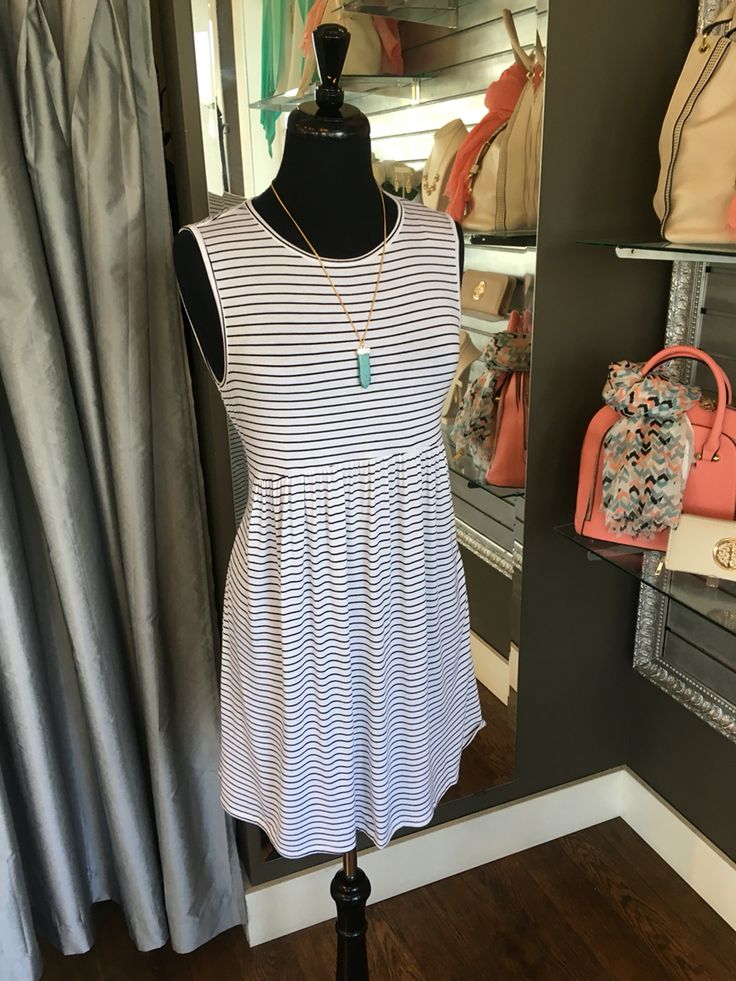Striped Babydoll Tunic/Dress - This tunic/dress cinches your right below the bust, flattering all your curves. It is the perfect length to be paired with leggings or worn with skinny jeans. ( Striped Babydoll Tunic/Dress $58CAD) #summer #summerstyle #fashionista