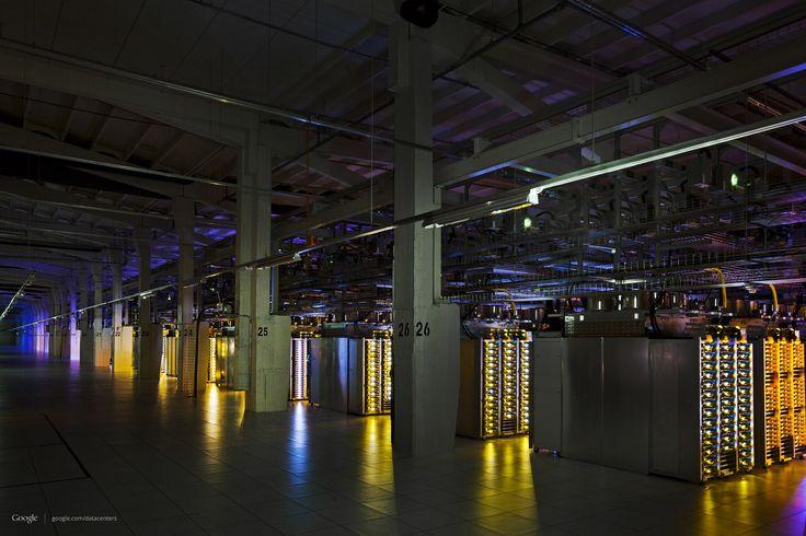 Google Data Center: LEDs Make Everything Look Cooler