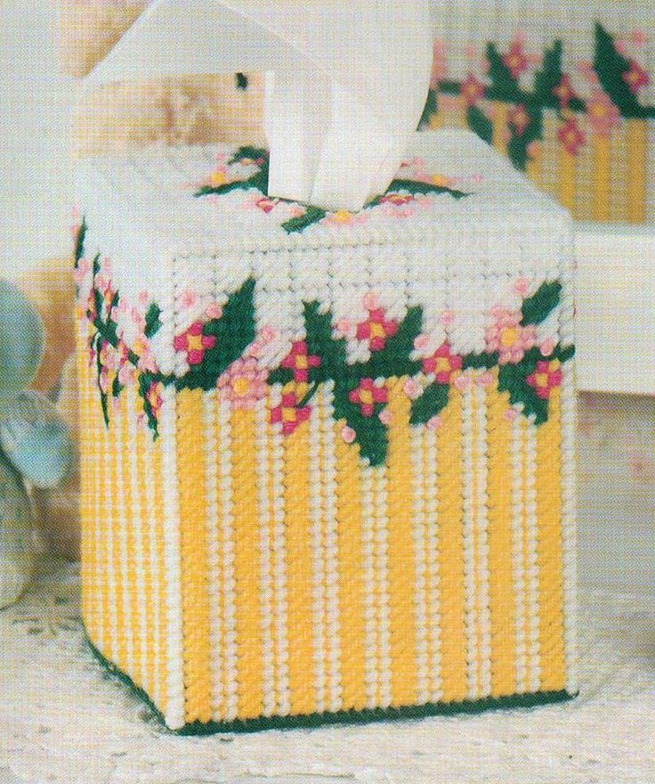 RAMBLING ROSES TISSUE TOPPER BOX COVER PLASTIC CANVAS PATTERN INSTRUCTIONS…