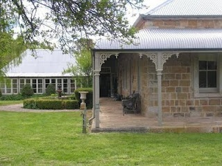 classic australian style, slightly curved roof line good alternative to flat but difficult to tile