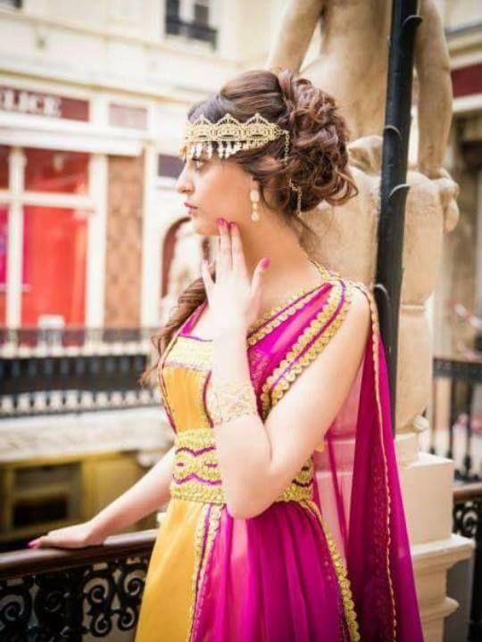 les 25 meilleures id 233 es de la cat 233 gorie tenues pakistanaises sur pakistanais robes