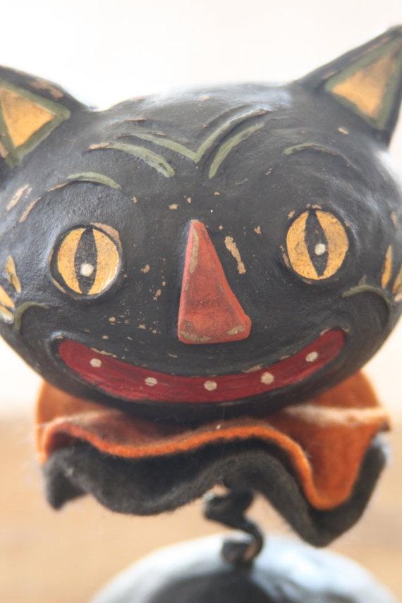 Halloween Black Cat Folk Art--great design for vintage diy project