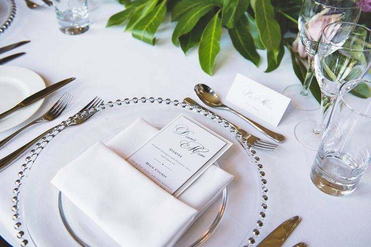 Wedding top table place setting with beaded glass charger plates | The Mansion House Bristol | Image courtesy of http://www.lifeinfocusphotography.co.uk/