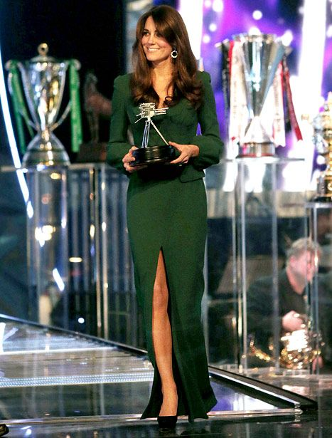 Kate Middleton at the BBC Sports Personality of the Year Awards 2012- and she's pregnant #stunning