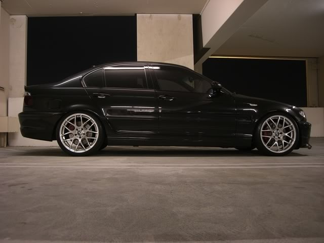 Black E46 sedan with 19 csl rims