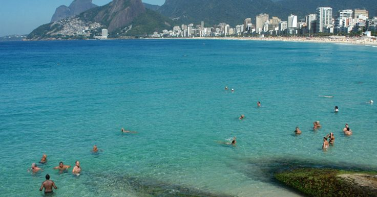Rio tem sensação térmica de 47°C e água do mar cristalina