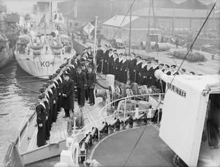 FREE FRENCH NAVAL C IN C, REAR ADMIRAL P H ABOYNEAU VISITS FREE FRENCH SHIPS AND ESTABLISHMENTS. 19 MAY 1942, GREENOCK. Pin by Paolo Marzioli
