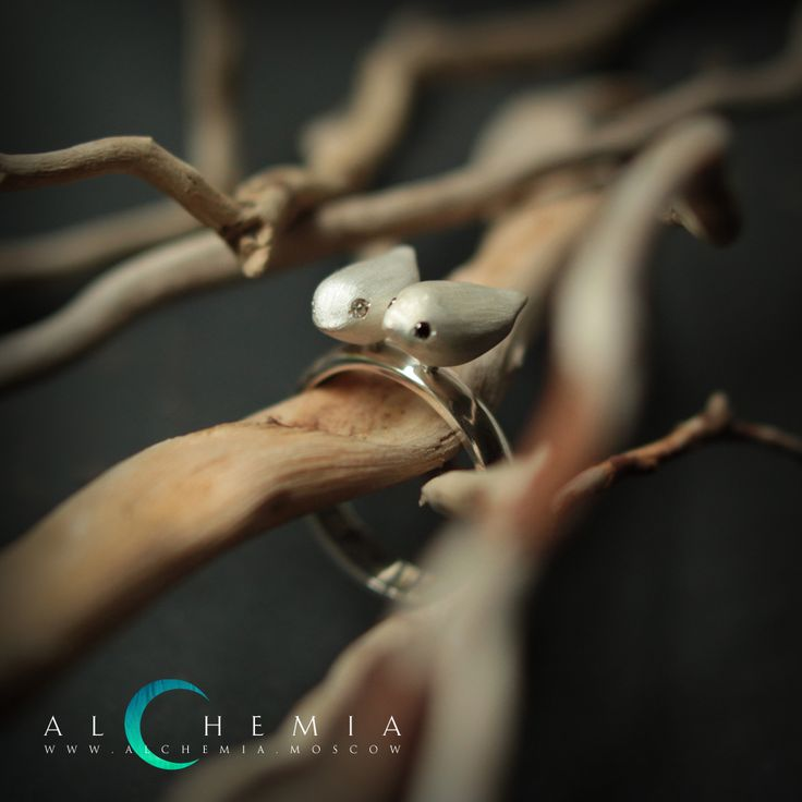 The Two nightingales ring. Silver, satin cover, diamond, sapphire. Handmade by Alchemia Jewellery