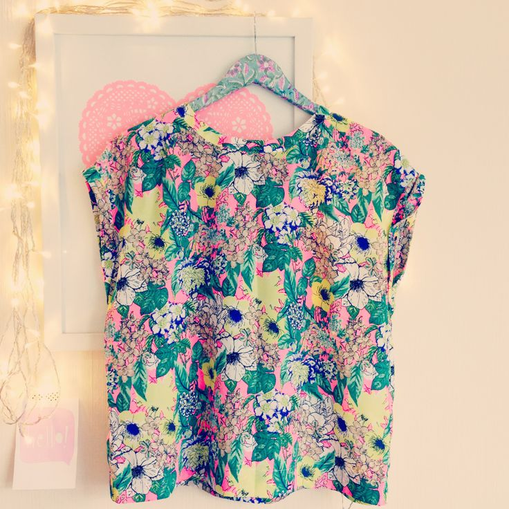 Love my new Neon Floral Top from @Next Apichaya Apichaya Apichaya http://www.next.co.uk/G3974s6#896828G39