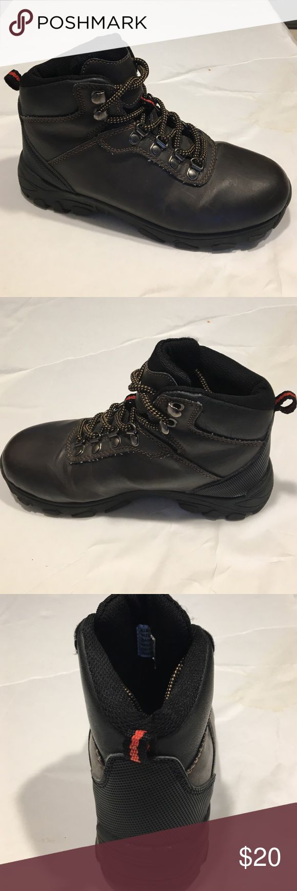 Bass Boys hiking boots Size 1M Bass Boys Hiking Boots Size 1M, lightly worn, still has lots of wear left, good condition Bass Shoes Boots