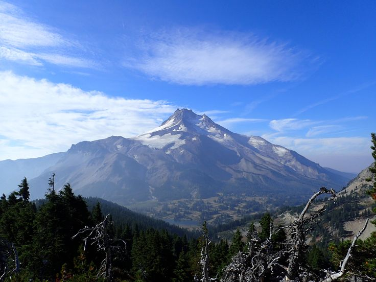 Mt. Jefferson Oregon in the early morning light as seen from the Pacific Crest Trail [OC] [4608  3456] #reddit