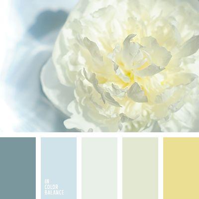 Es una combinación suave y elegante de colores azul grisáceo, dorado frío y gris perla. Tal gama de color es muy adecuada para coser vestidos de novia y trajes de novio.
