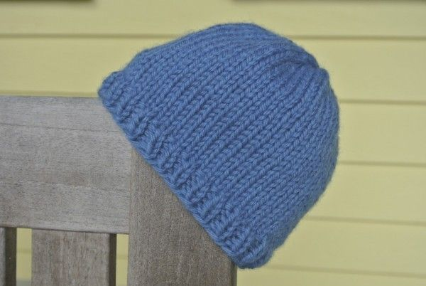 Knit Baby Hat Pattern Pinterest : How to knit a baby hat - a free pattern for your infant BABIES Pinterest ...