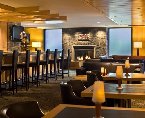 The Westin Resort and Spa Whistler - The hotel is home to the Aubergine Grille, FireRock Lounge, Avello Spa & Health Club, and Westin Kids Club. In the winter, the hotel offers a ski valet through the Salomon Ski Store.