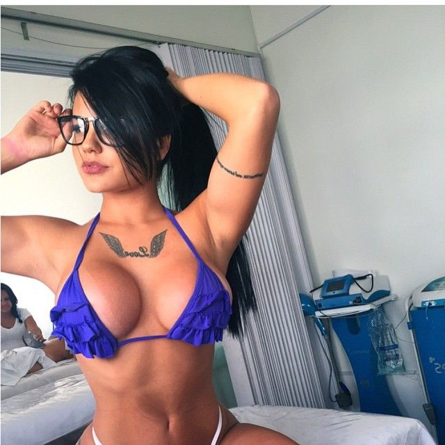 latina hot body