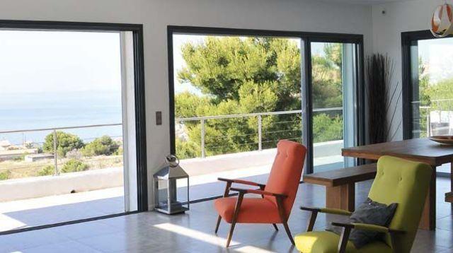 Quel prix pour une porte-fenêtre coulissante en aluminium ?