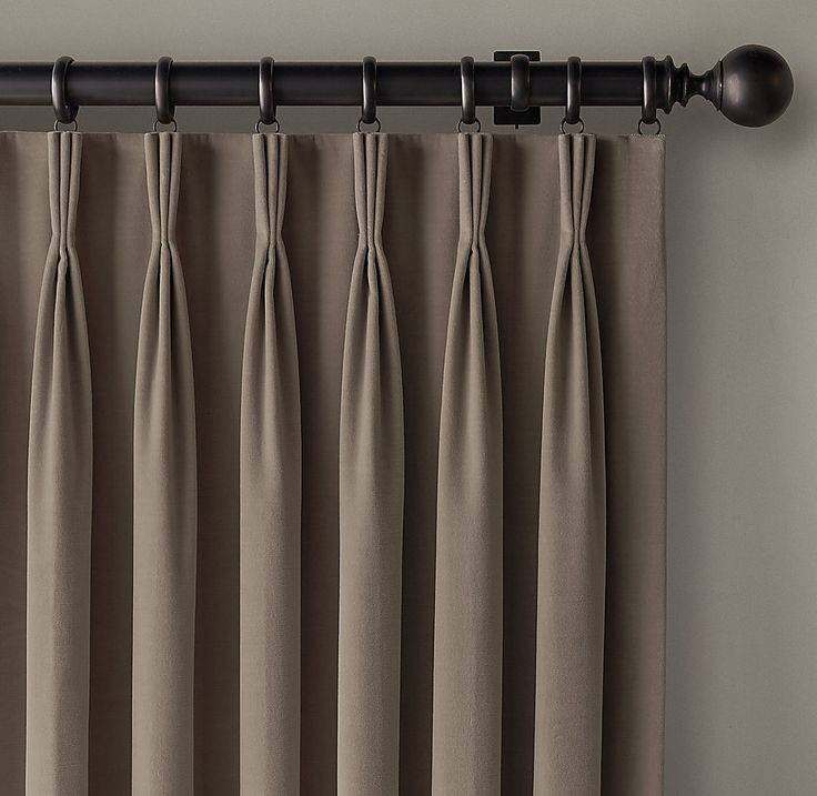 Straight lined, tailored, and neatly stitched – that is effectively the essence of contemporary curtains. Pleats commonly used with such #Curtains are simple eyelets, pencil pleats, tab tops, French pleats, and rod pockets.